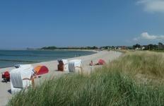 Baden am Strand von Glowe